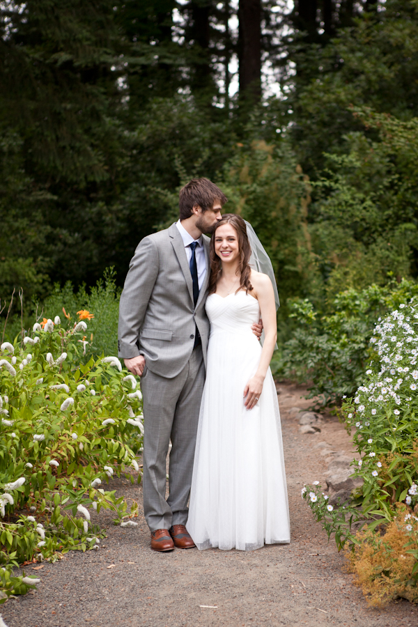 wedding photos beaverton oregon