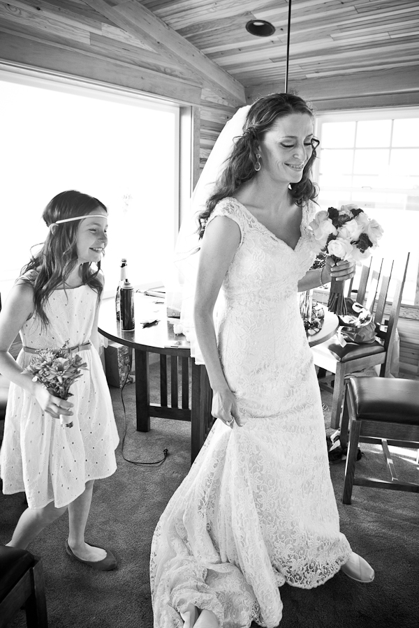 lace wedding dress oregon
