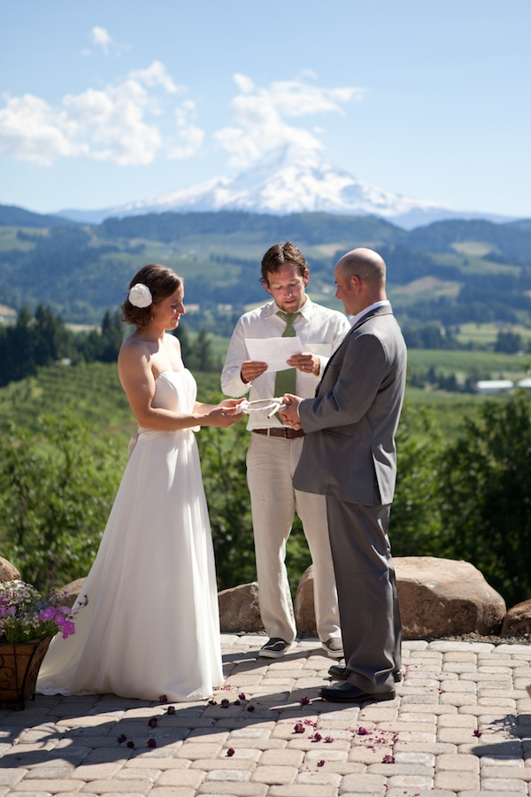 mt hood wedding ceremony
