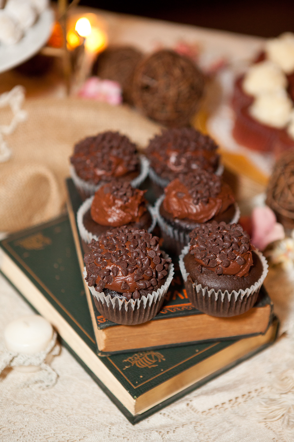 chocolate wedding cupcakes lake oswego