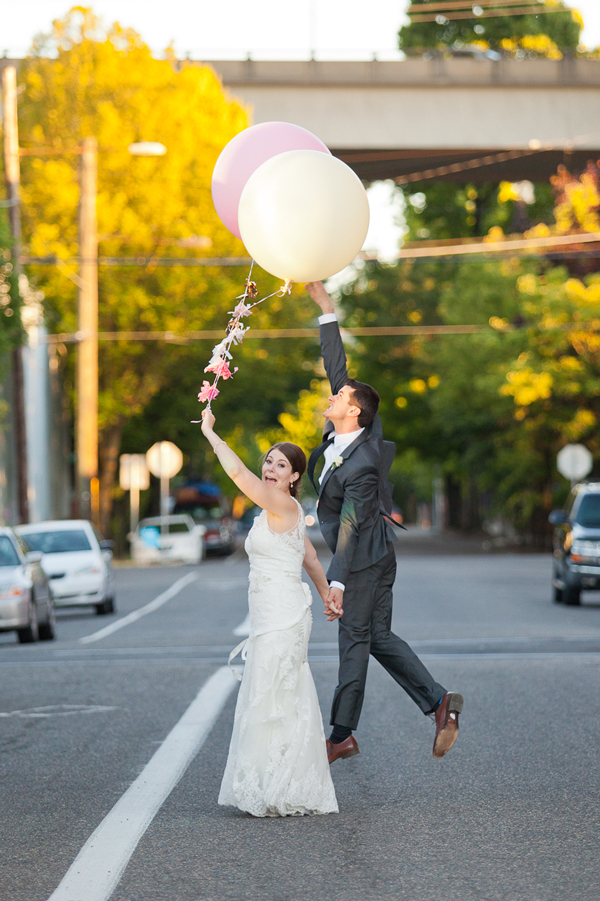 balloons-downtown-portland-wedding