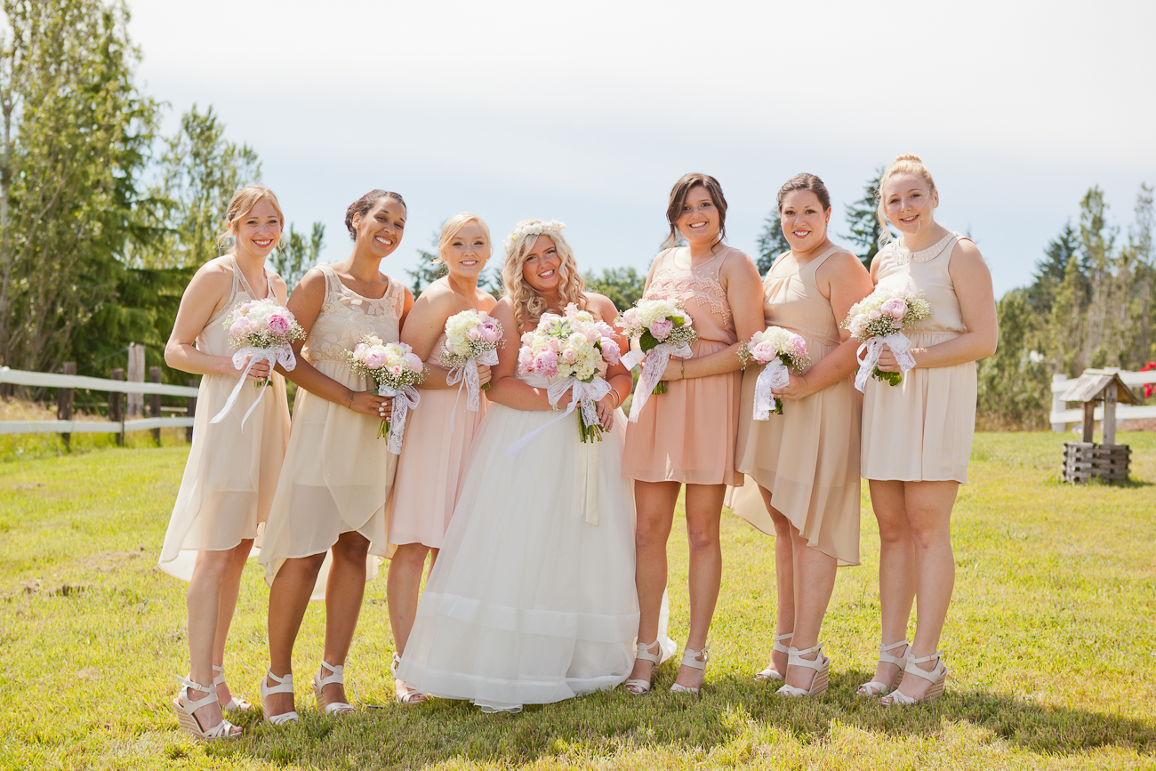 bridesmaids_peach_tan_bridesmaids_dresses
