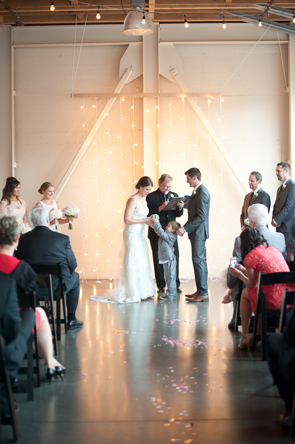 castaway-portland-wedding-string-lights-backdrop-ceremony