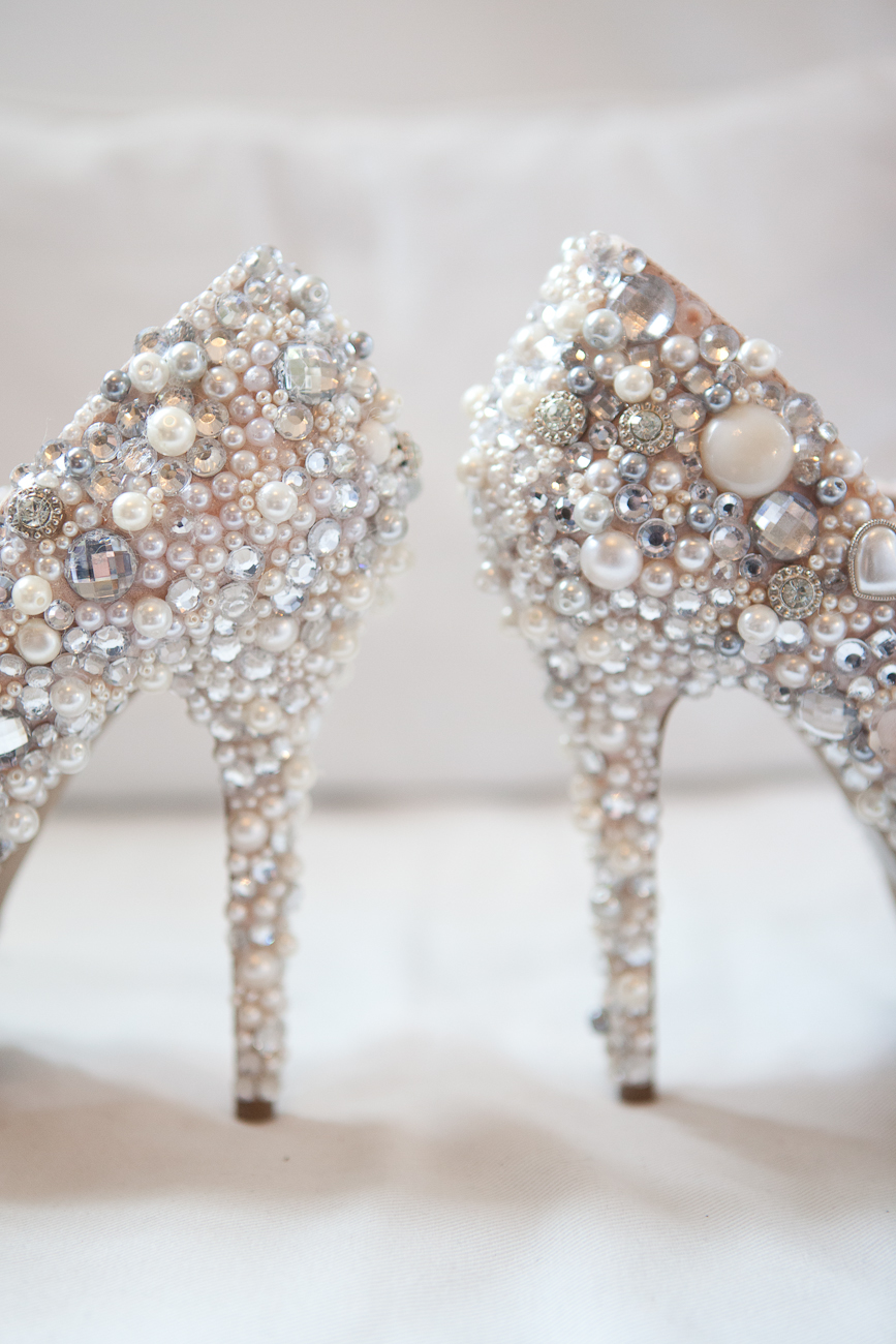 diy_rhinestone_bridal_high_heels
