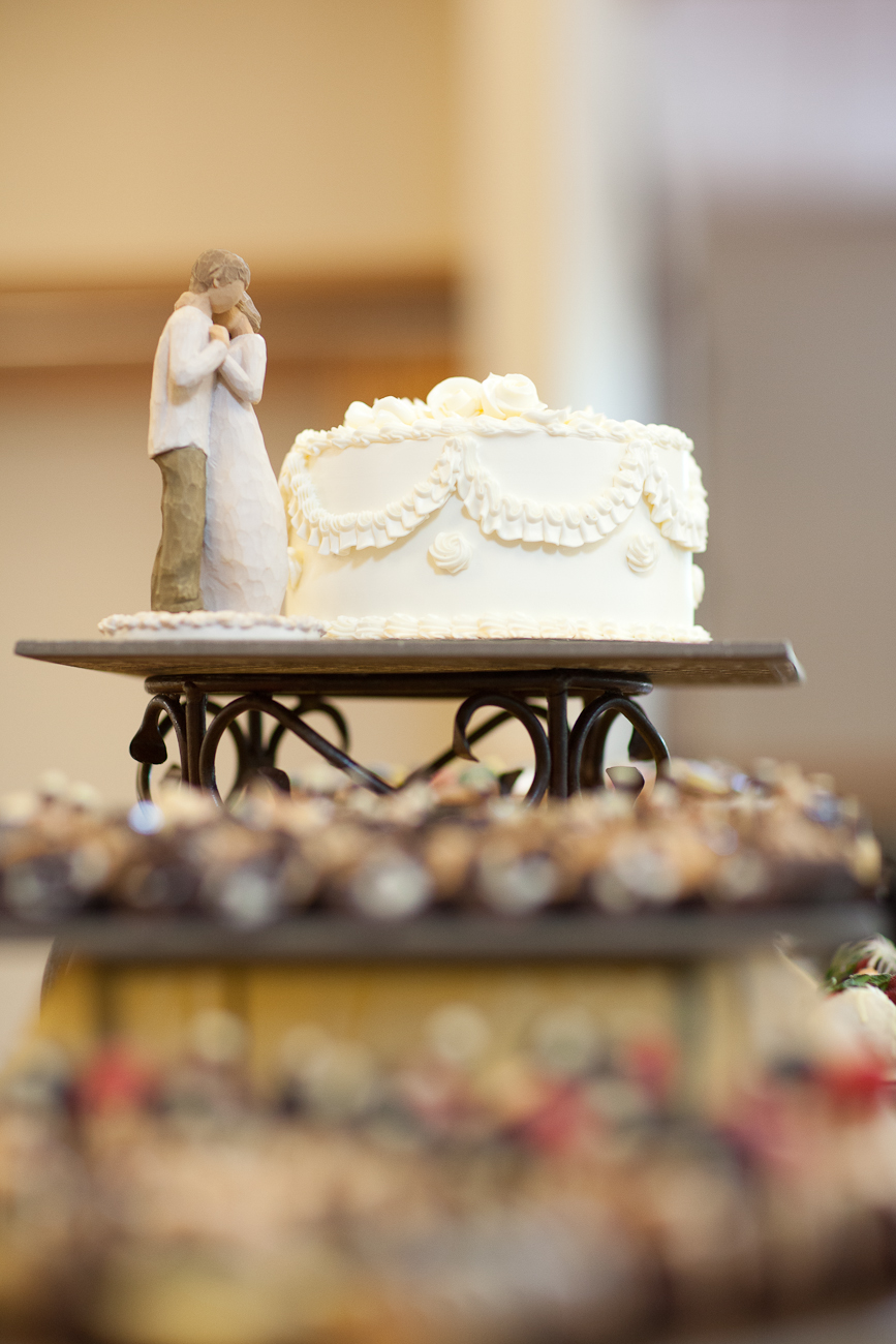 little_white_cake_wedding_portland