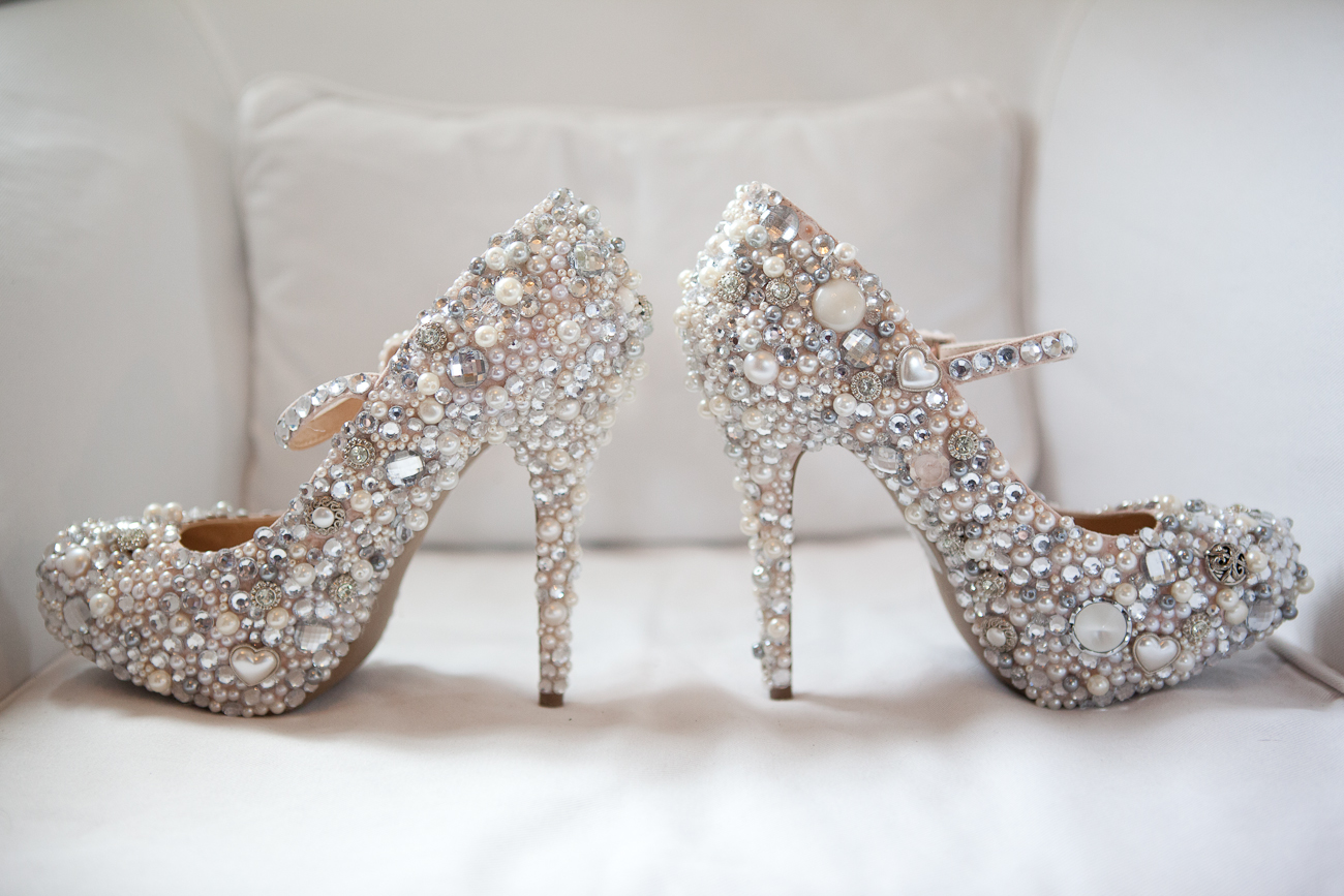 lovely_diy_bridal_shoes_rhinestones