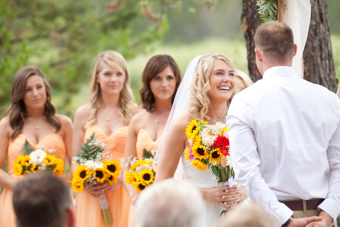 oregon_wedding_bouquets_sunflowers