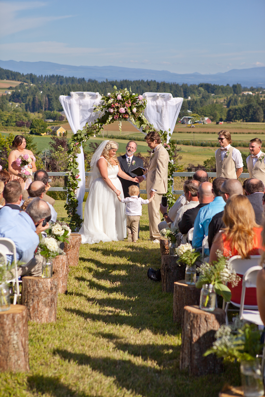 sunny_oregon_wedding_day