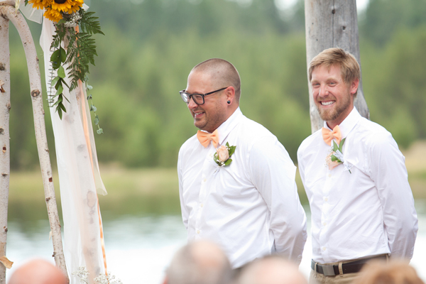 wedding-ceremony-deschutes-river-bend