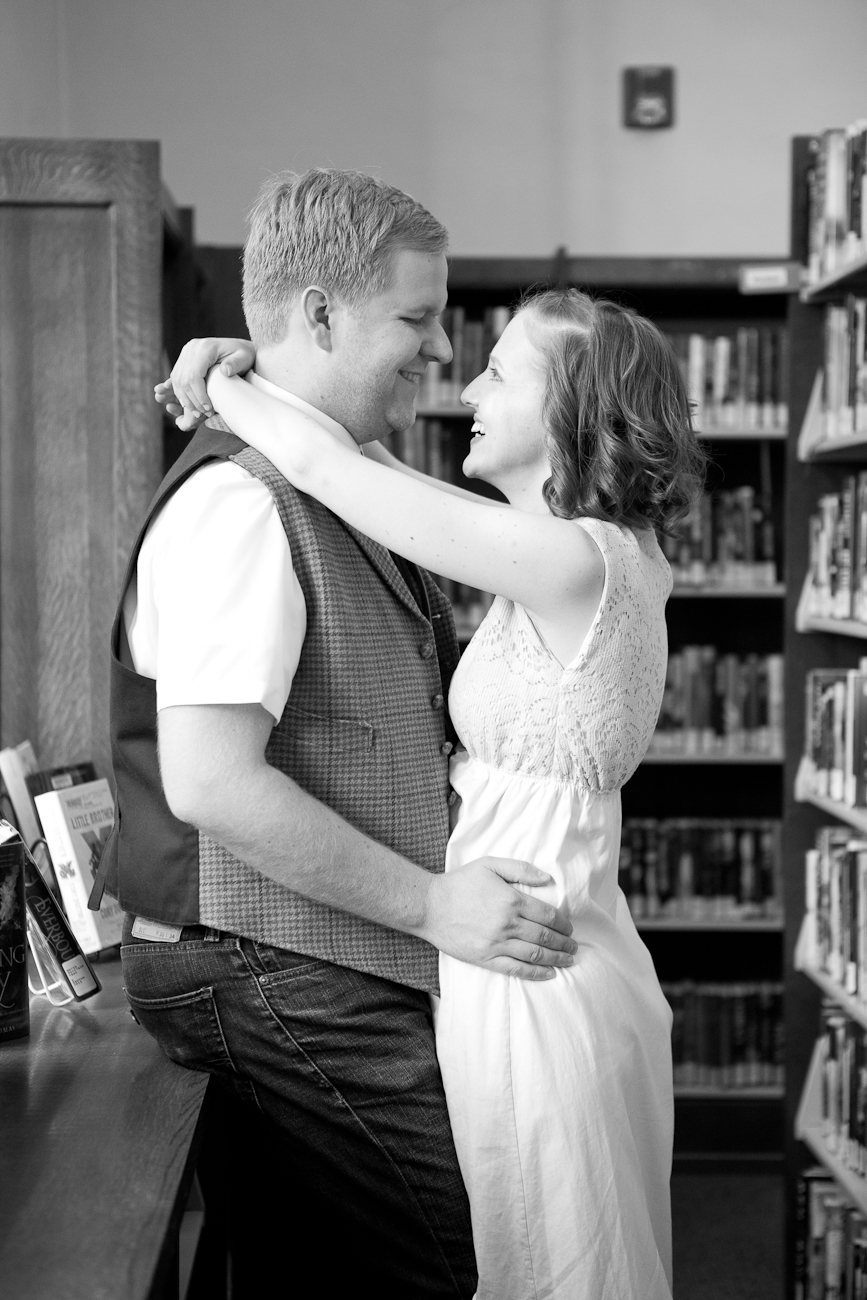 wedding_portraits_library_portland