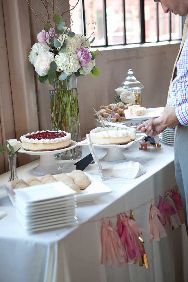 white-and-light-dessert-table-wedding