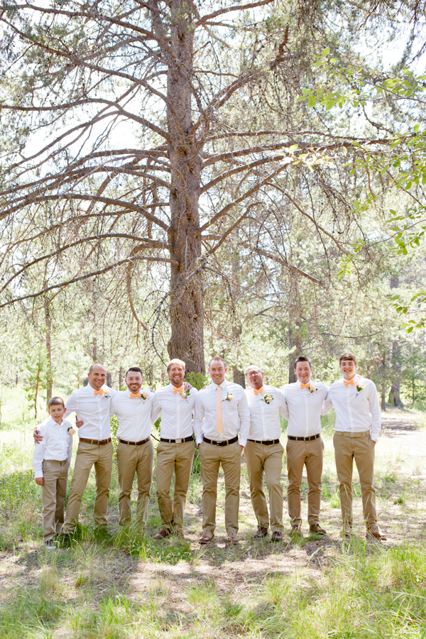 woodsy-bridal-party-photos-oregon