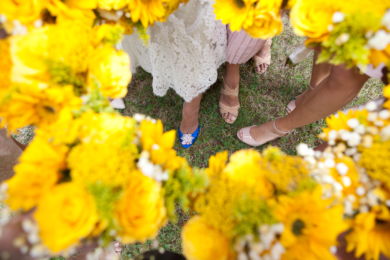 yellow bouquets for bridesmaids