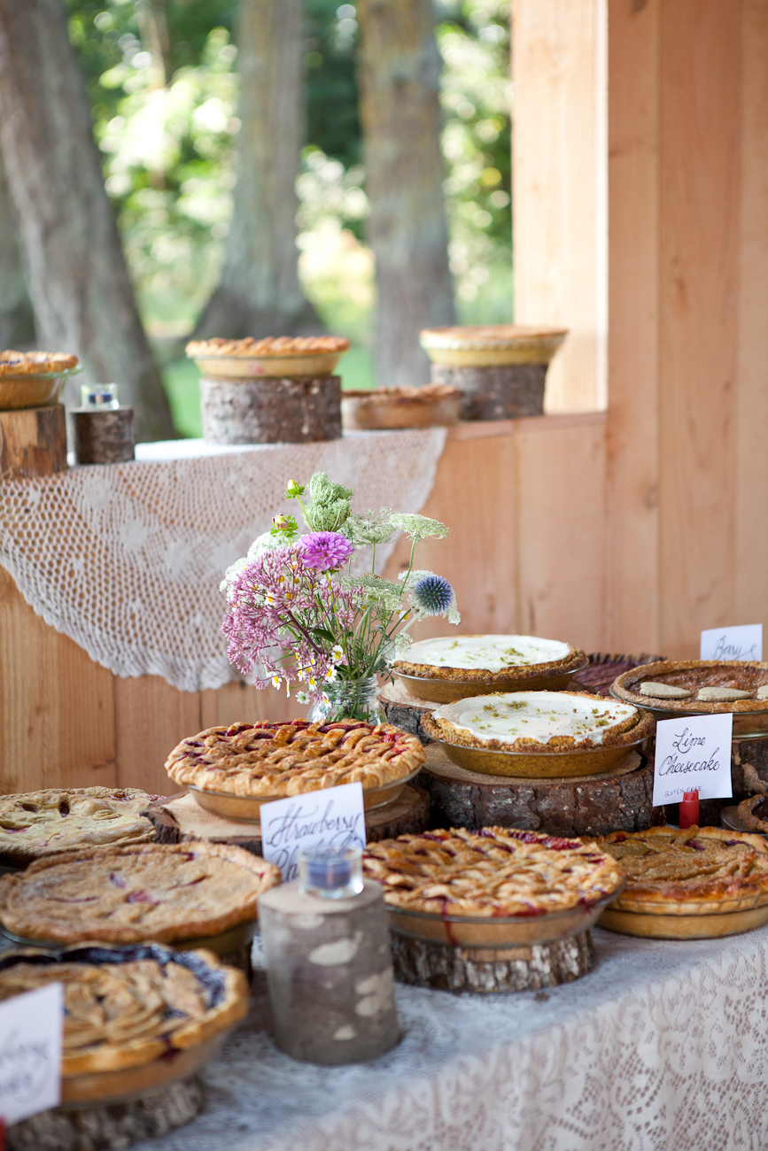 beautiful_wedding_dessert_table_pies