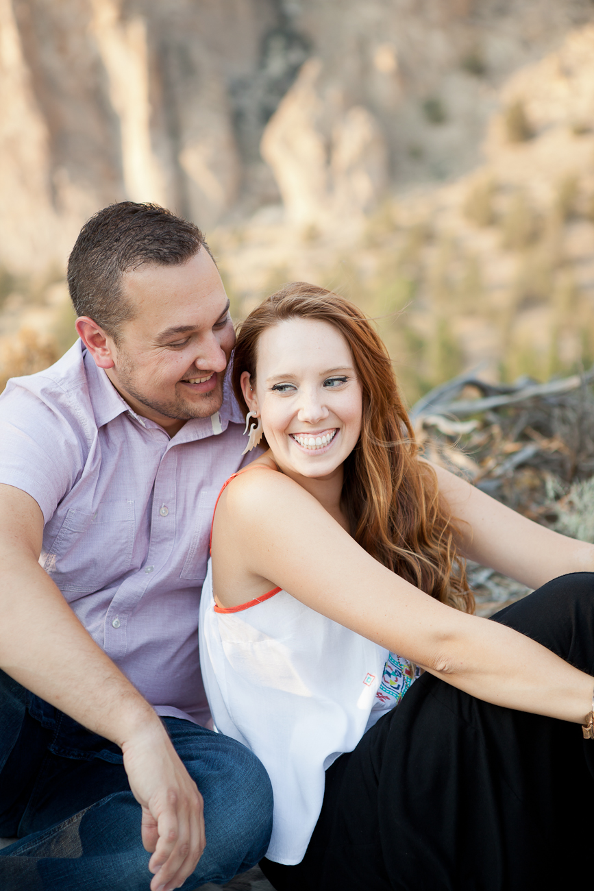 engagement_photo_ideas_outdoor_oregon
