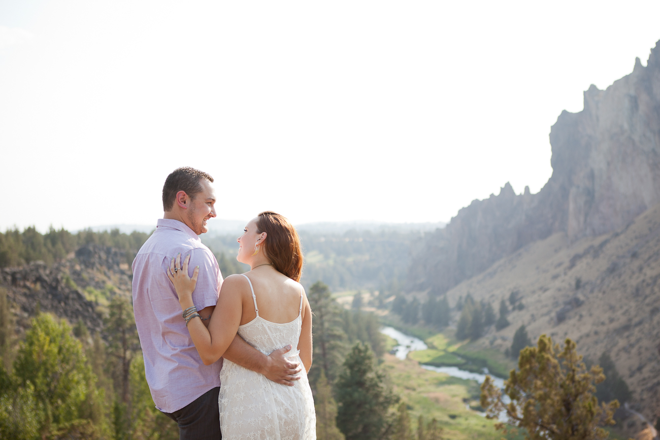 engagement_photos_beautiful_scenery_oregon