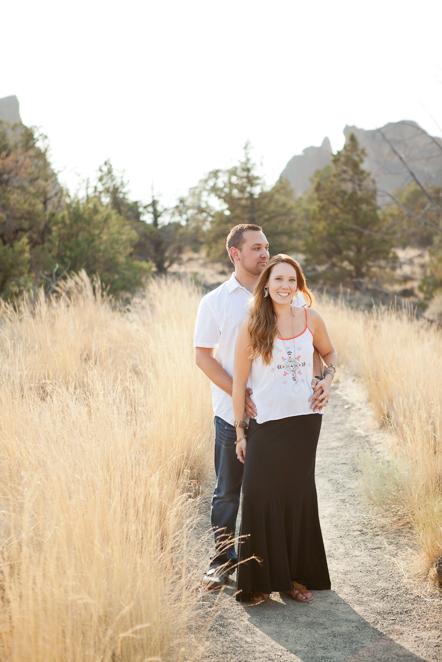 engagement_photos_sunny_summer_day_oregon