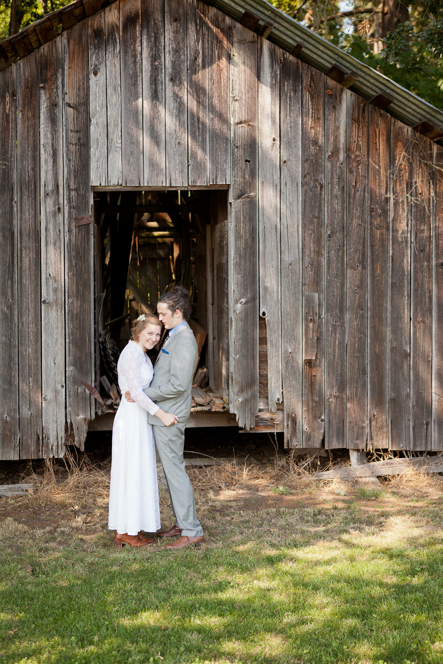 old_barn_wedding_venue_eugene_oregon
