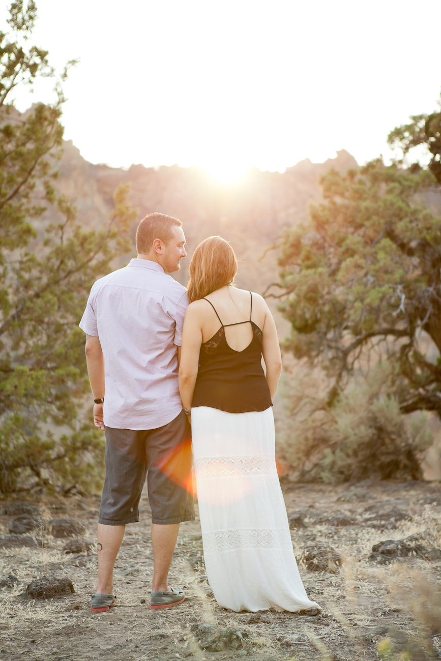 smith_rock_bend_engagement_photos