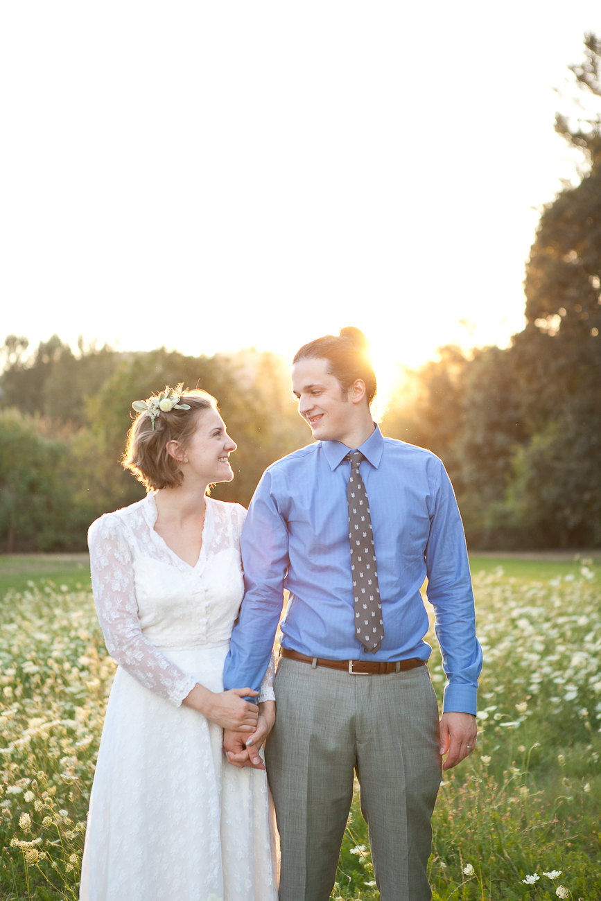 wedding_portrait_sunset_outdoor_field_jasper