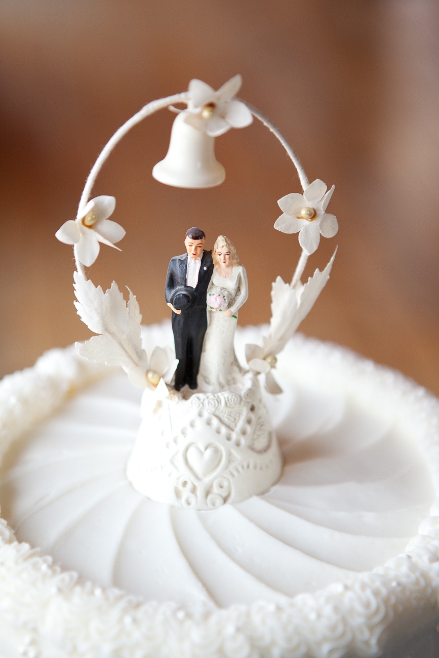 bride_groom_antique_cake_topper_bell