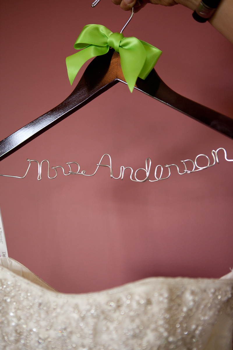 custom_name_hanger_mrs_anderson