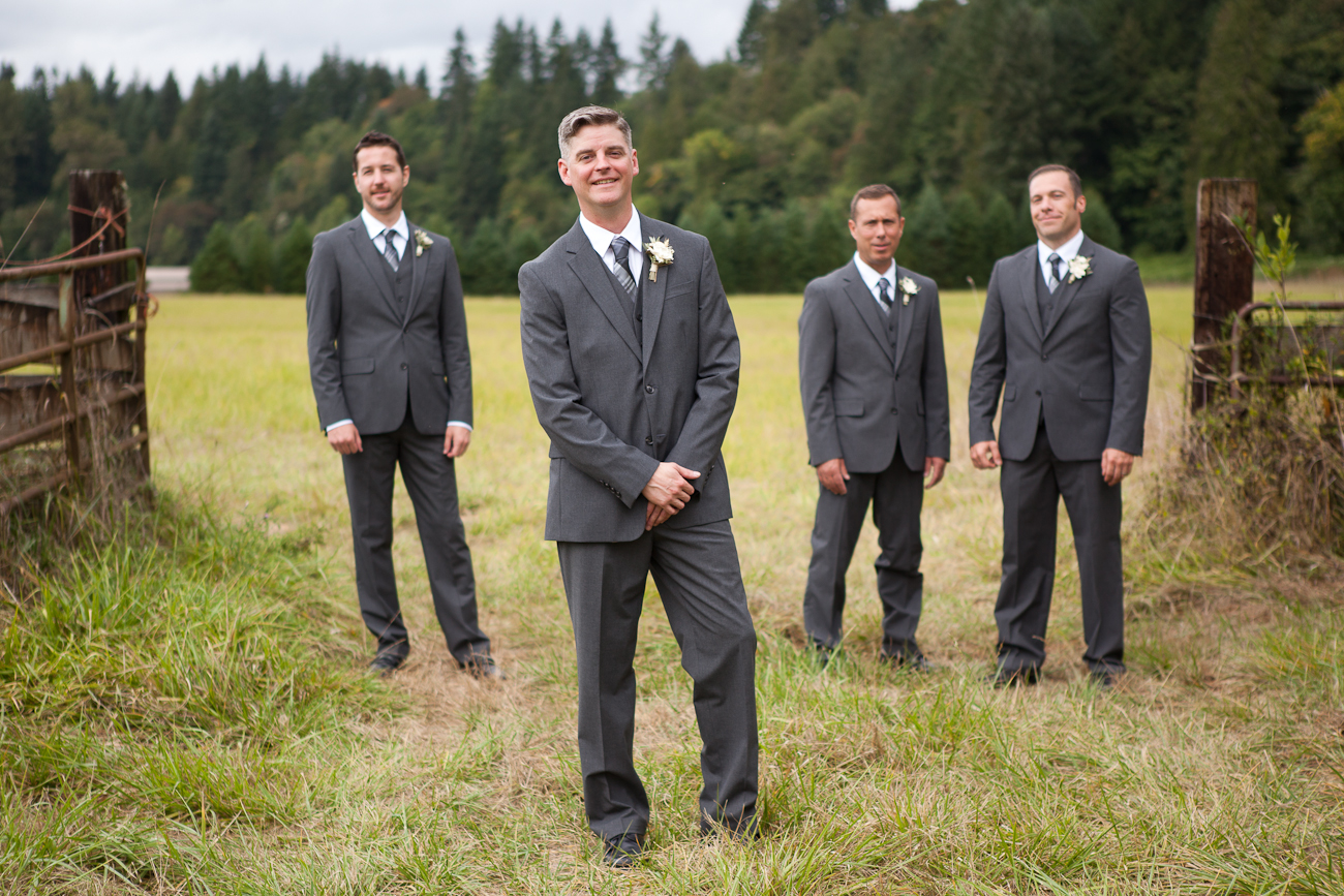 groomsmen-clackamas-river-farms