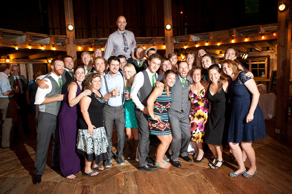 group_photo_cornelius_pass_roadhouse_wedding