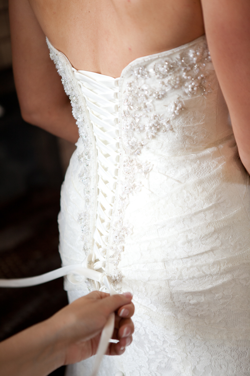 lacing_up_wedding_dress_mcmenamins_forest_grove