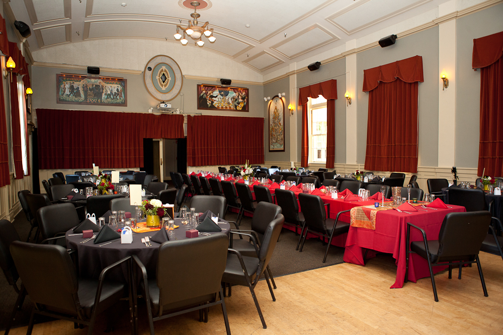mcmenamins-compass-room-wedding-reception