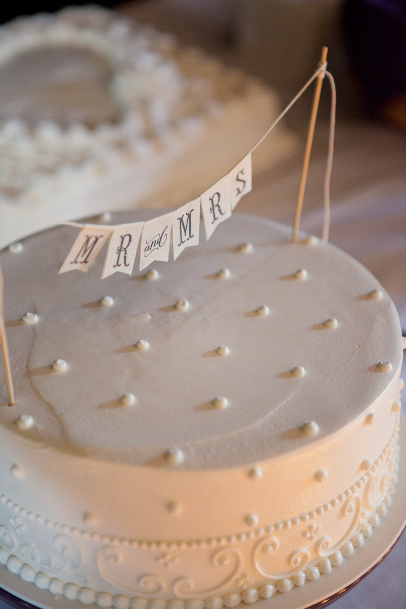 mr_and_mrs_cake_banner