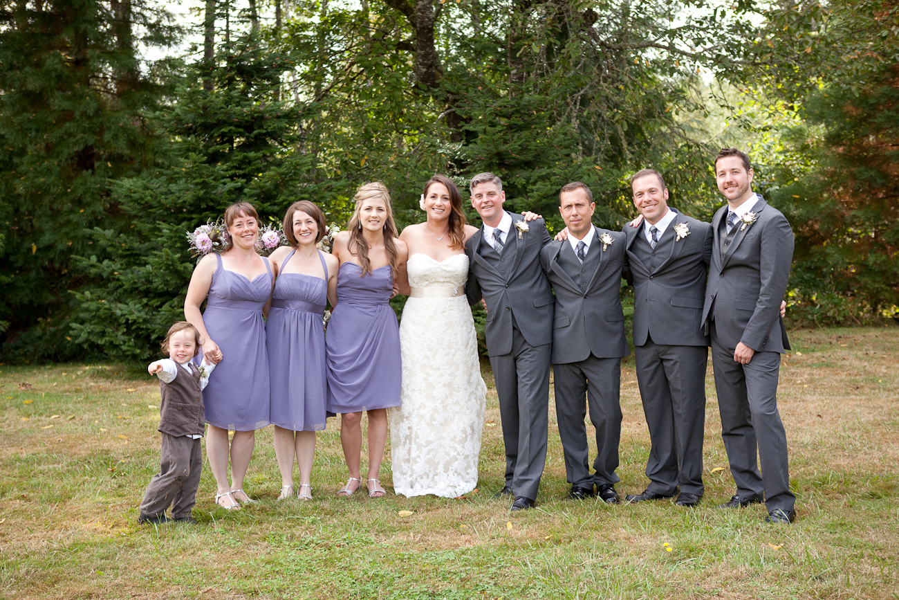 wedding-party-clackamas-river-farms