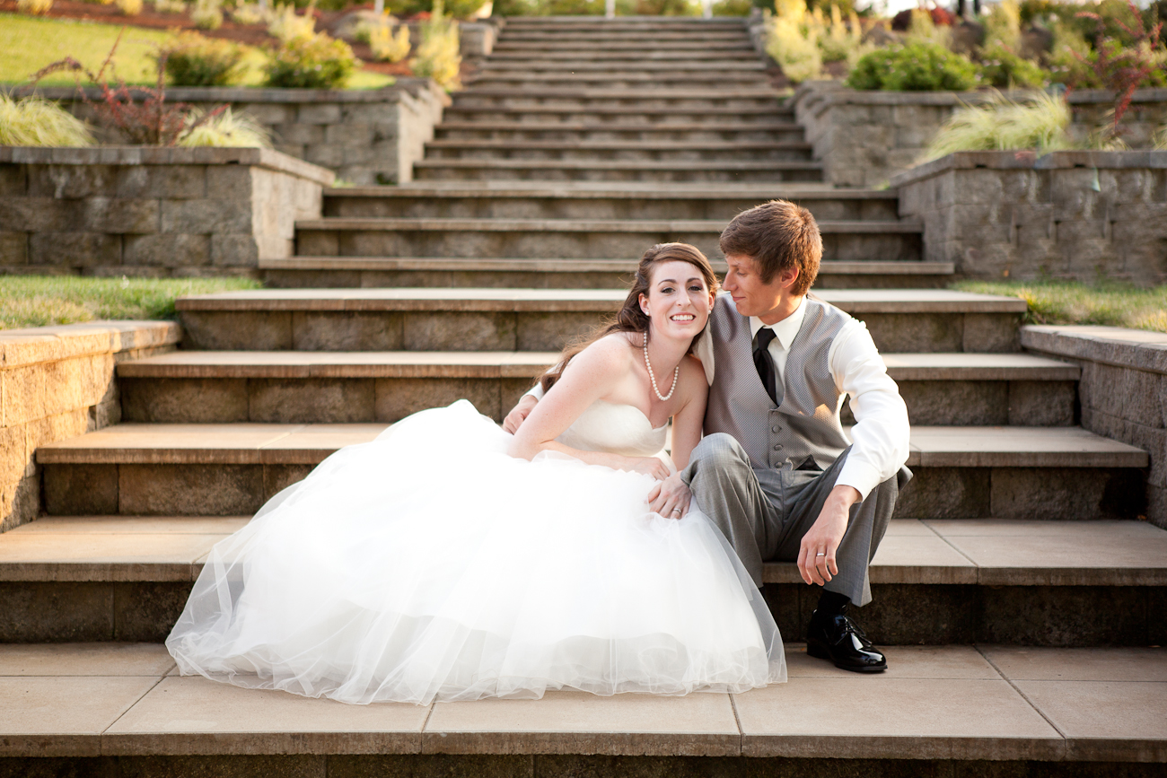 wedding_portraits_sitting_on_steps_portland_oregon