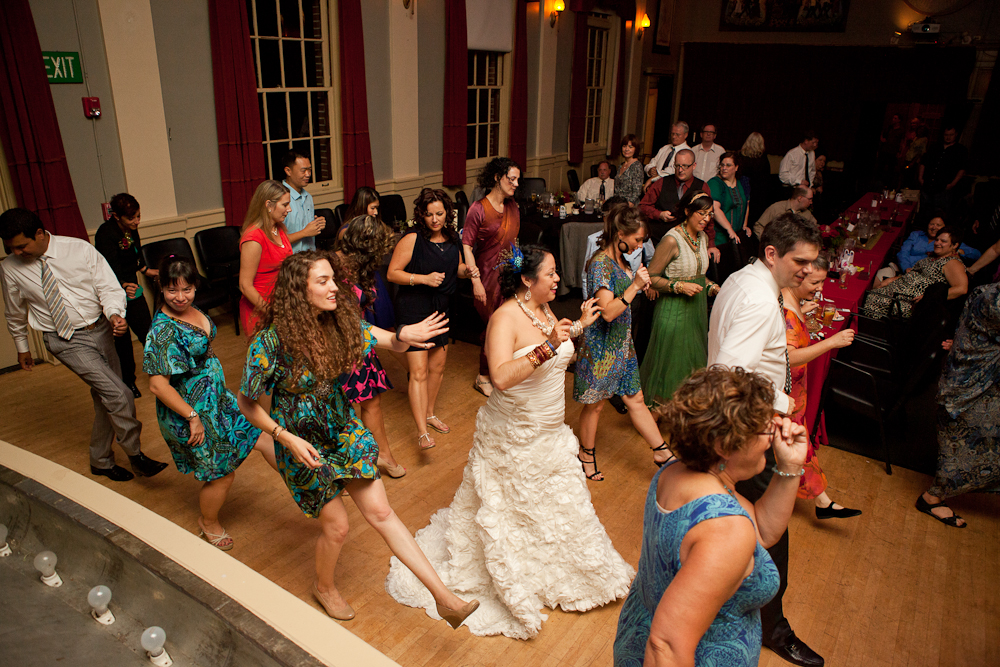 wedding_reception_compass_room_mcmenamins_dancing