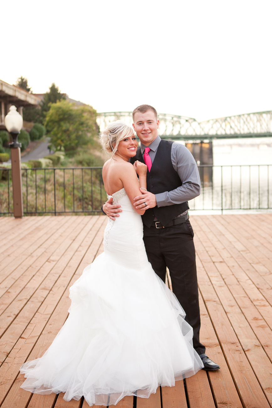 portland-wedding-photos-columbia-river-1-15