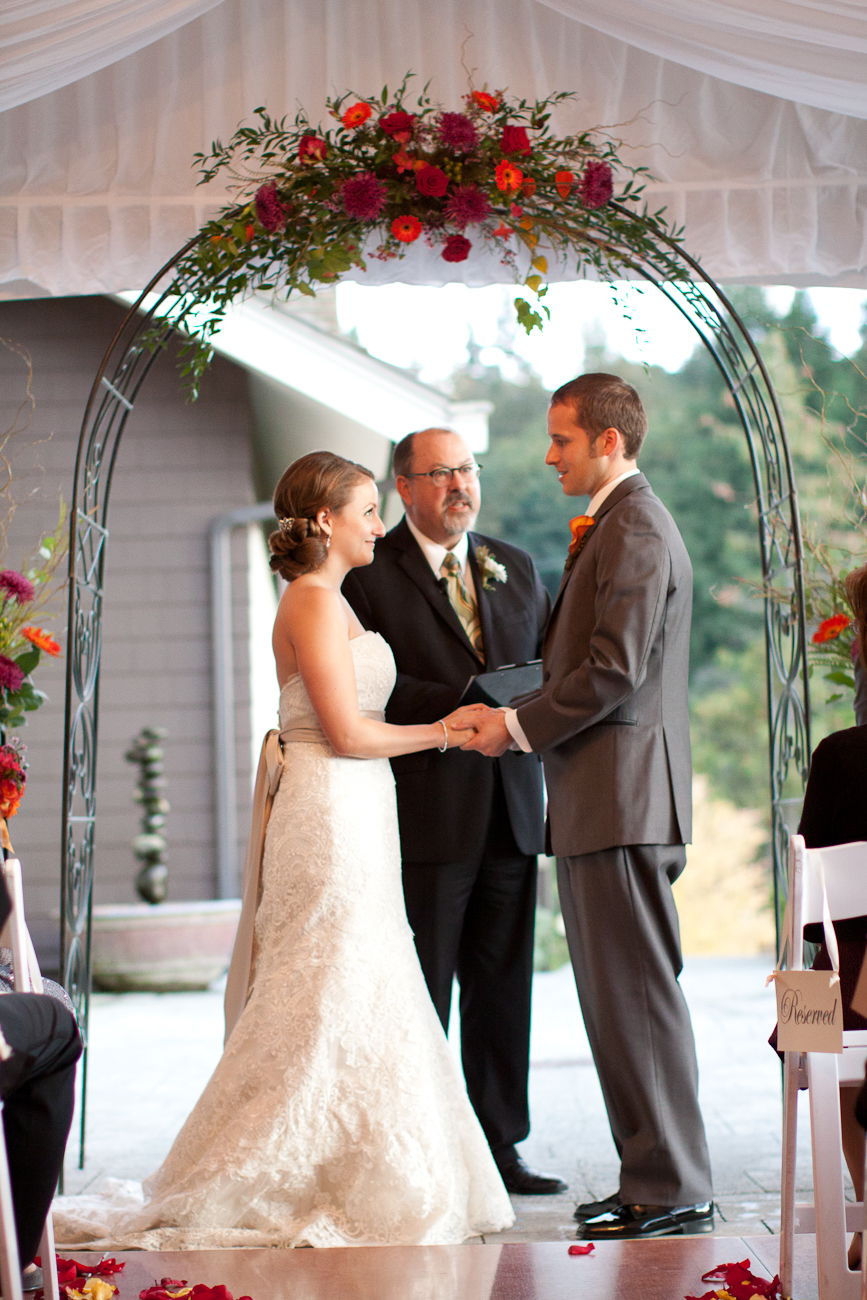salish-lodge-outdoor-wedding-fall