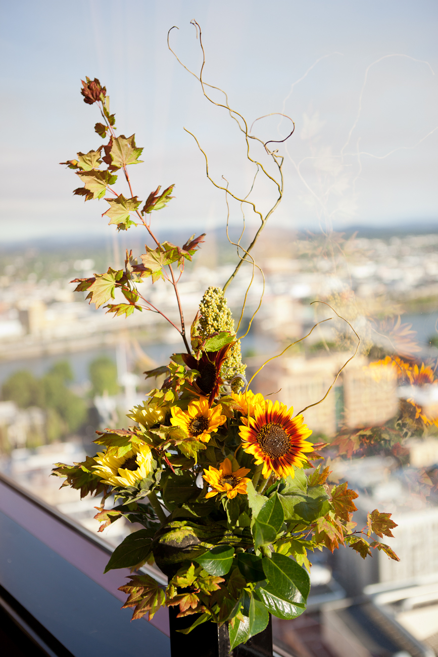 sunflower-fall-wedding-decor
