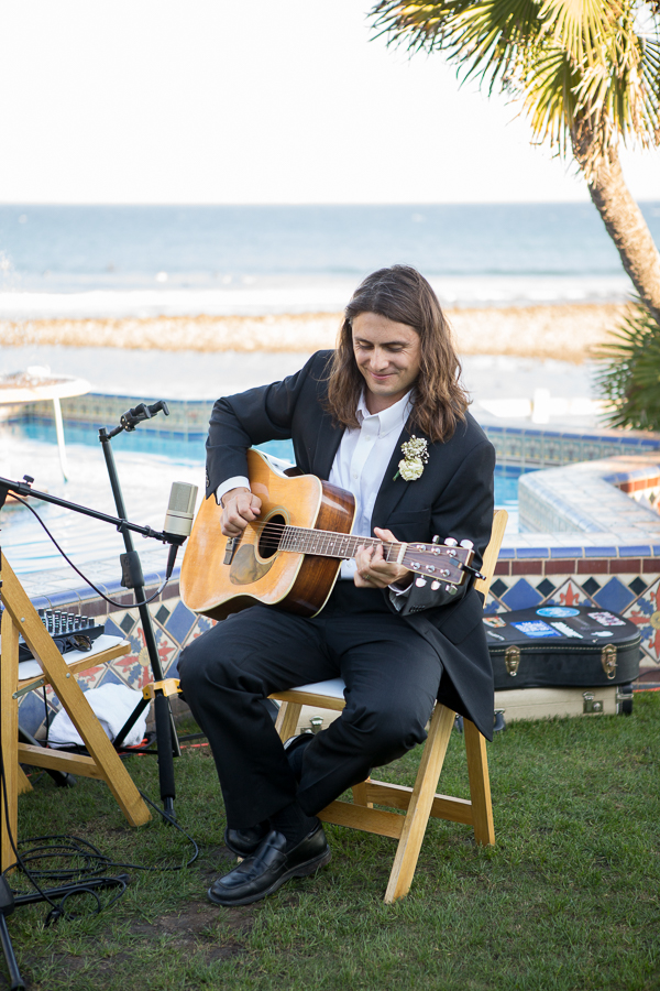 acoustic guitar player adamson house wedding malibu california-1