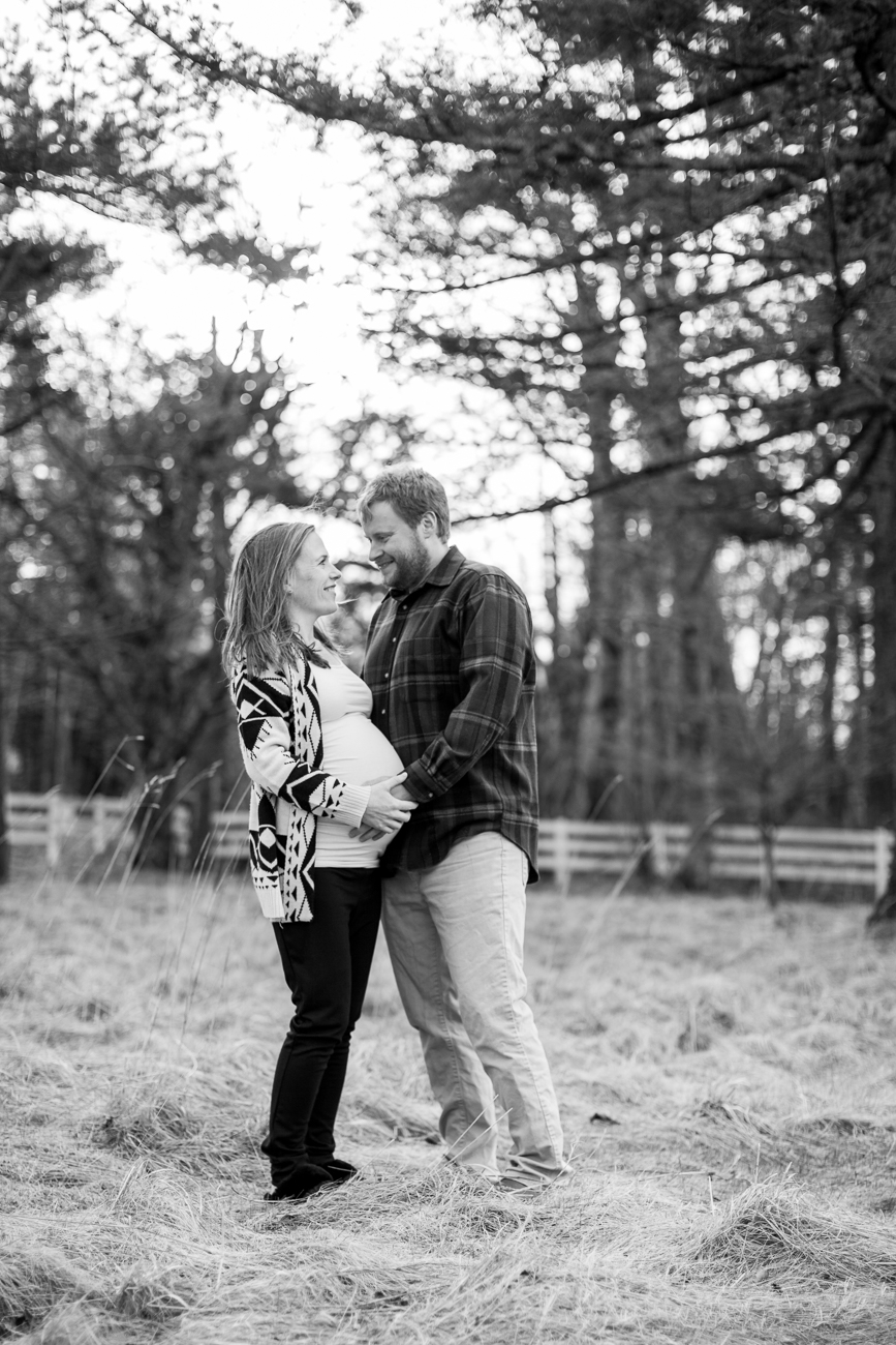 larch-mountain-maternity-photos-1-4
