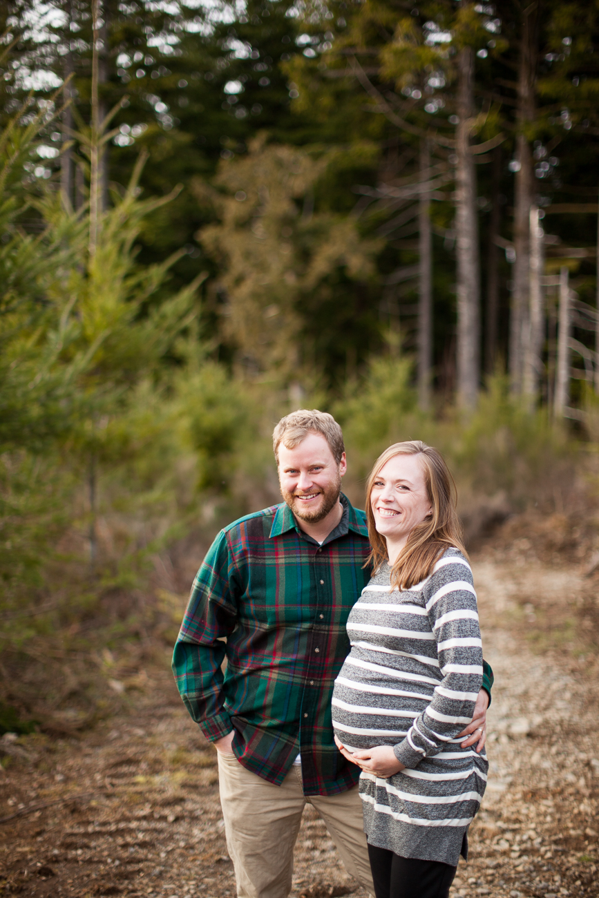 larch-mountain-maternity-photos-1-6